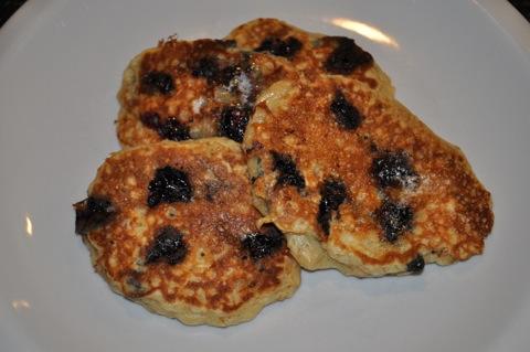blue_pancakes.jpg